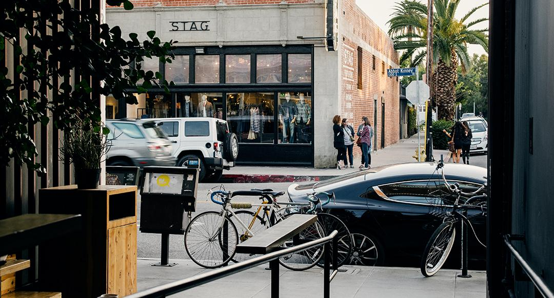 Discovering LA in the Aston Martin Rapide S Comfort